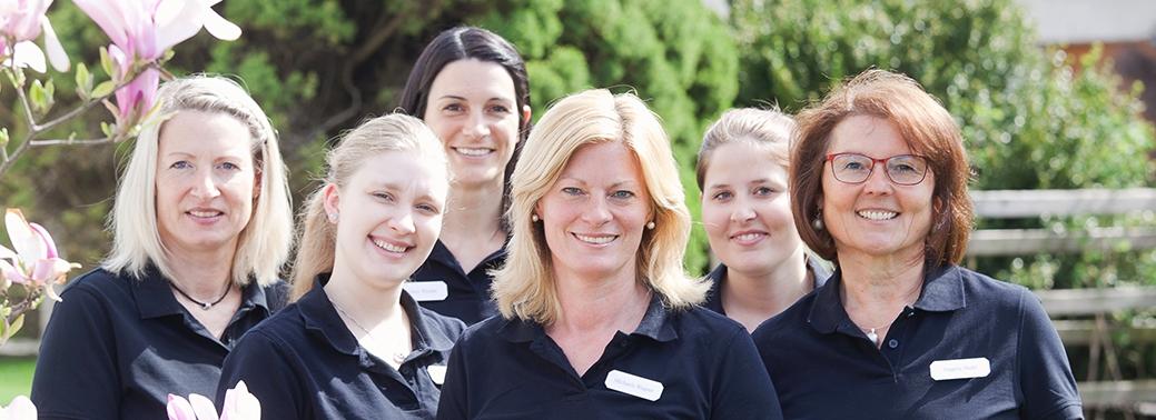 Gruppenbild der Mitarbeiter